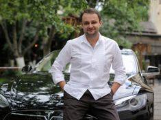 Как украинец проехал на Tesla 7000 км